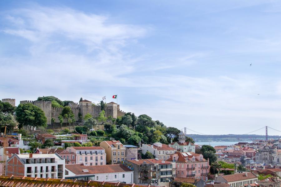 vue sur le chateau saint Jorge de Lisbonne