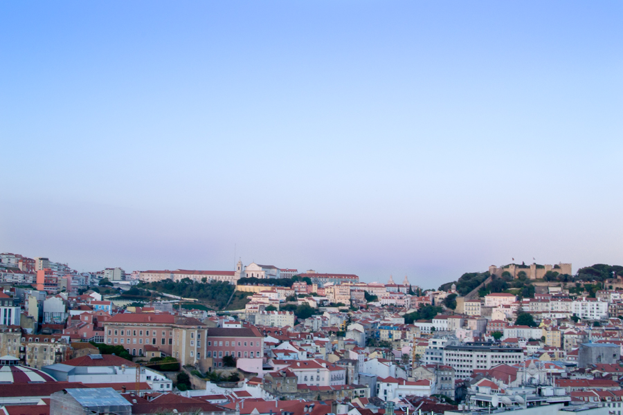vue du Miradouro de São Pedro de Alcântara