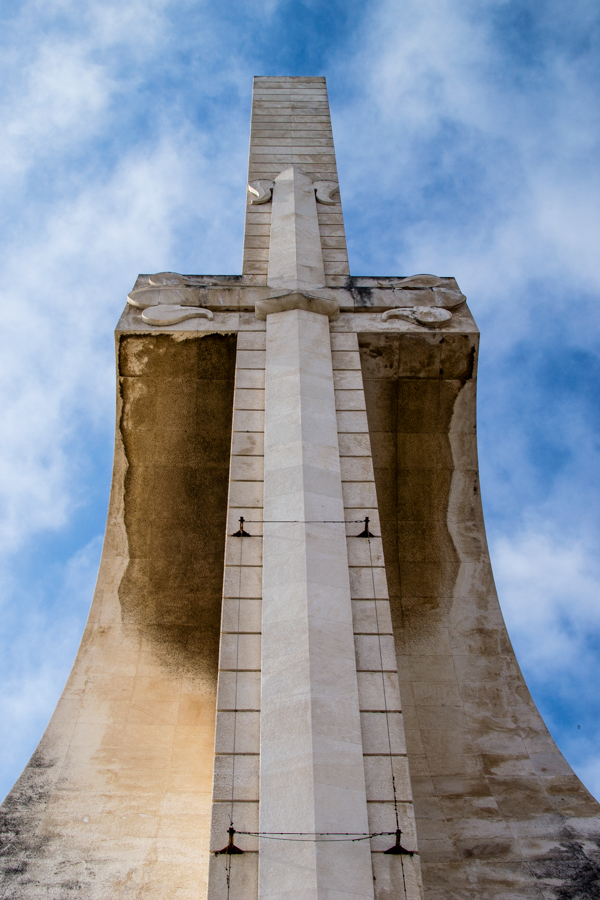 épée monument des découvertes