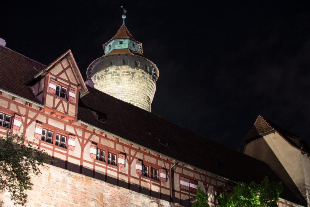 chateau nuremberg de nuit