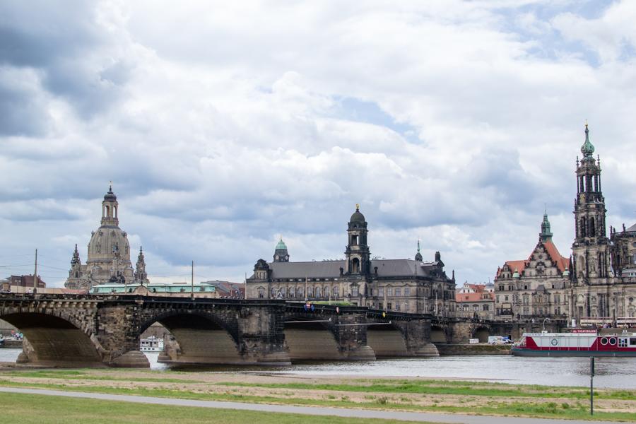 vue de dresde sur la vieille ville