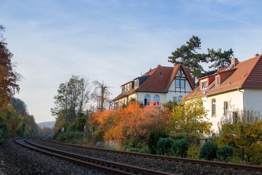 rail de train en Automne