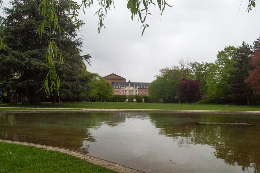 le lac du palais de Trèves