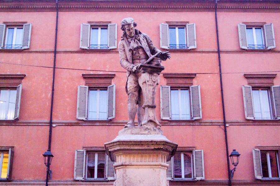 Statue de Galvani à Bologne